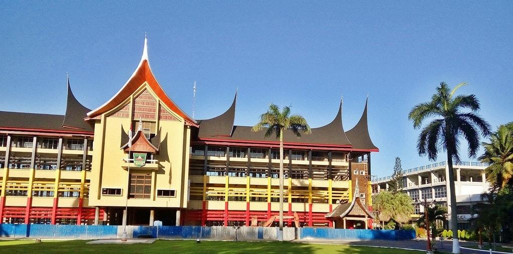 Kantor Gubernur Sumatera Barat. Foto : Internet