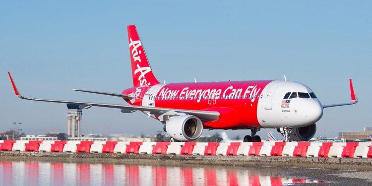 Maskapai asal Negeri Jiran, Malaysia, Air Asia. Foto : Internet