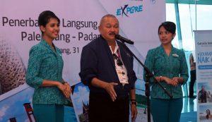 Gubernur Sumatera Selatan Alex Noerdin dalam peresmian rute penerbangan baru Garuda Indonesia. Foto : Wartaekonomi