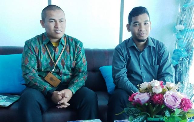 Kepala KP BEI, Early Saputra (kiri) di suatu acara. Foto: Internet