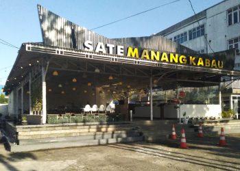 Sate Manang Kabau beralamat di jalan Khatib Sulaiman, Padang. Foto: Internet